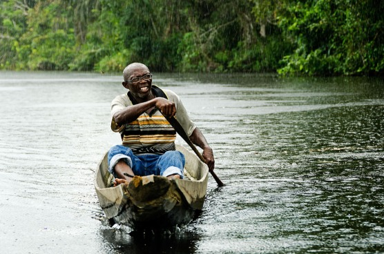 Ndyuka man on the Cottica River in Suriname