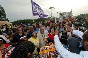 Opening brug Ballast Nedam in binnenland Suriname